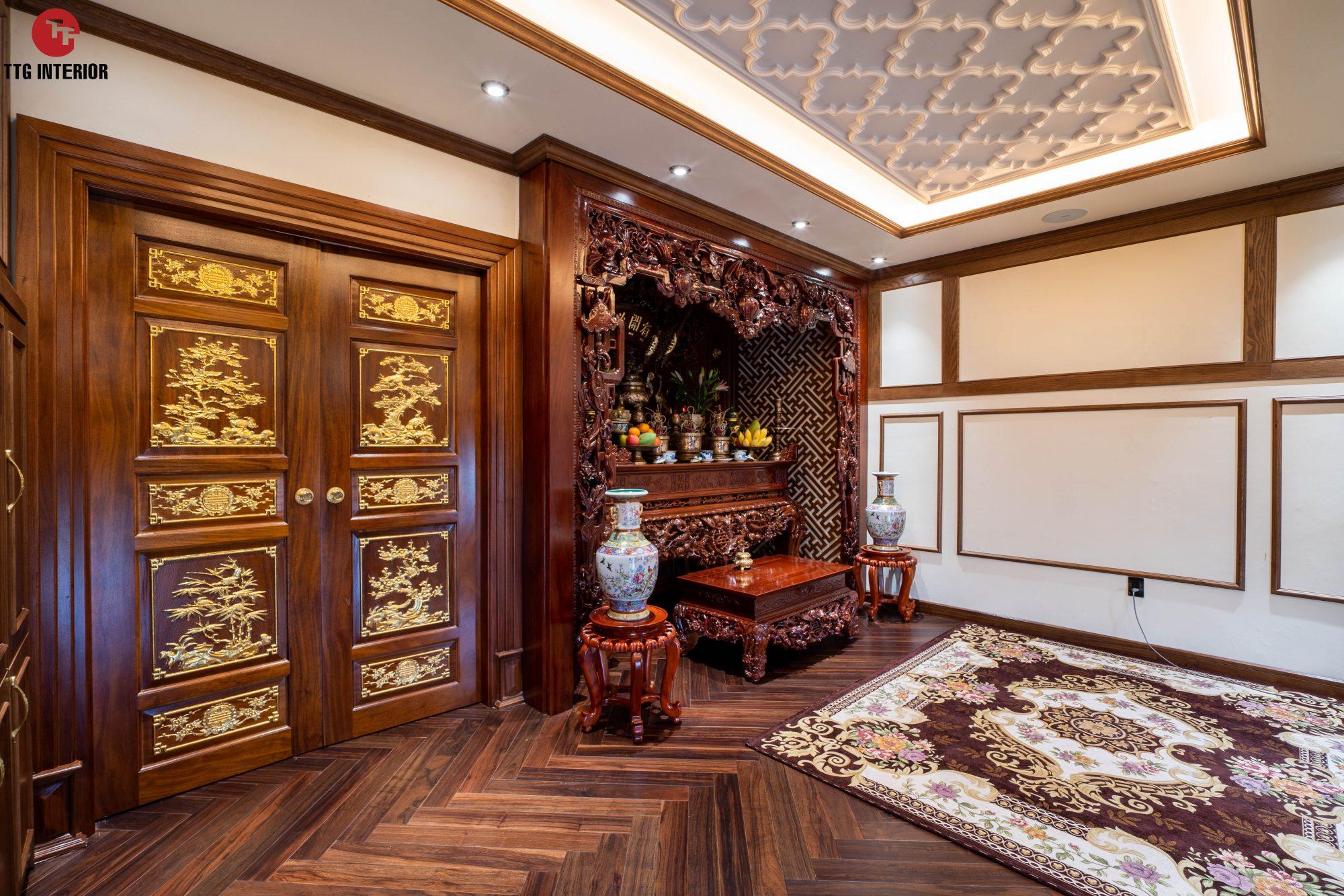 Không gian phòng thờ sang trọng với nội thất gỗ tự nhiên