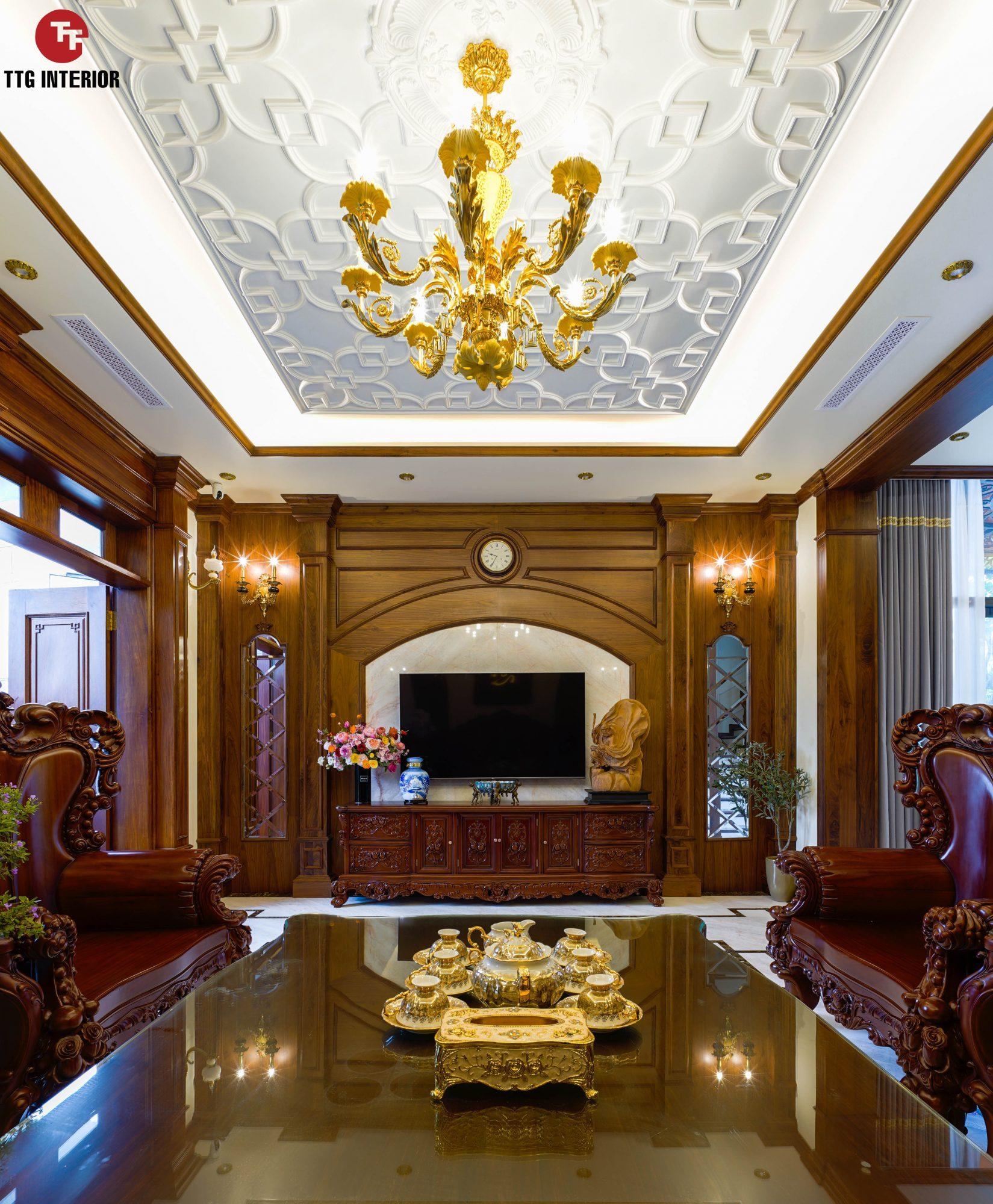 Phòng khách ấm cúng, rộng rãi với tone màu gỗ tự nhiên óc chó